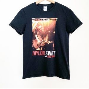 Taylor Swift The red tour tee
